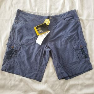 Pants - NWT Mountain Hardware Shorts